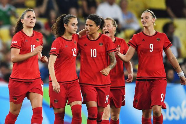 Leupolz, Däbritz, Marozsan, Behringer et Popp décrochent l'or avec l'Allemagne (photo FIFA.com)