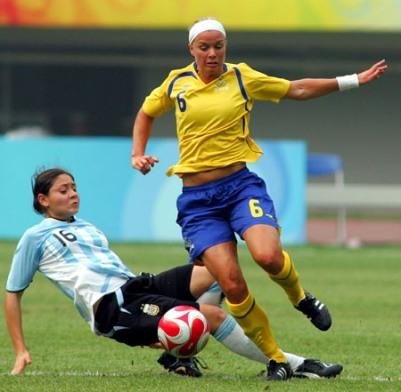 Succès de la Suède devant l'Argentine