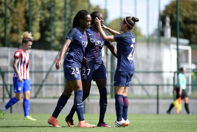 Katoto, Sarr et Boquete se congratulent (photo TeamPics/PSG.fr)