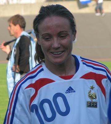 100 sélections pour Sonia Bompastor