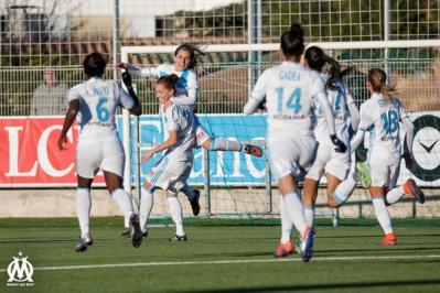 Les Marseillaises fêtent leur victoire (photo Meryll Vian/OM.net)