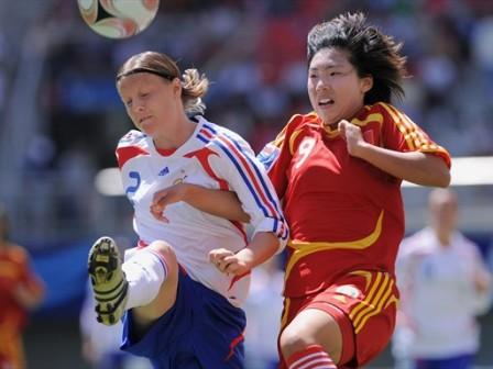 Butel et la défense française ont tenu face à la Chine (foto-net)