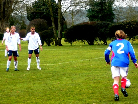 16 ans : succès de la France (5-0) en Angleterre
