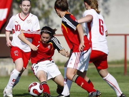 Les Allemandes écrasent la Suisse (6-0) (photo : dfb)