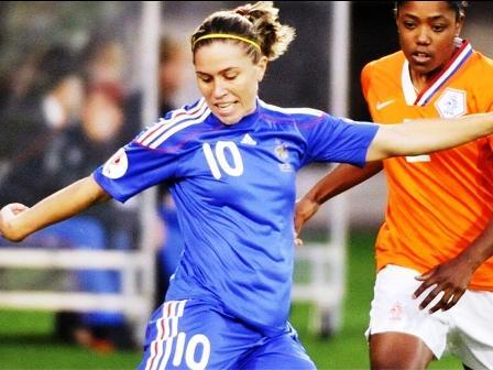 Abily et les Bleues auront eu du mal à approcher les buts (photo : uefa.com)