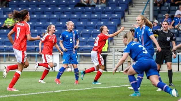 La Suisse s'impose 2-1 (photos UEFA.com)