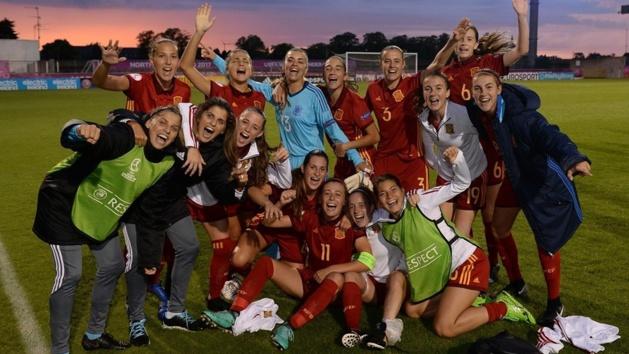 L'Espagne célèbre sa qualification (photo UEFA.com)
