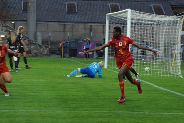Mabomba égalise pour Rodez (photo footofeminin.fr)