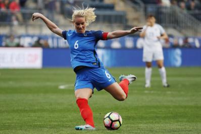 Équipe de France féminine de football - Page 2 17823152-22193972