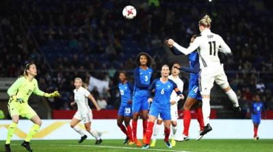 Équipe de France féminine de football - Page 2 18433089-22602991