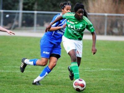 Makanza a ouvert le score pour les Vertes (photo : Serge Popakul)