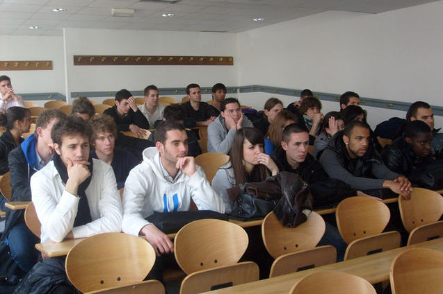 Pour les étudiants, le foot n'est pas qu'une affaire d'hommes