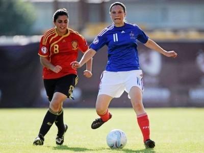 Le Garrec permet à la France d'y croire encore (photos : uefa.com)