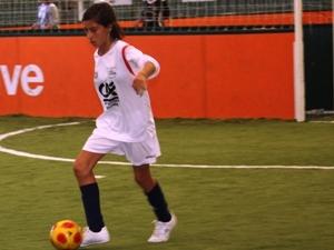 Le cahier des charges de l'école de football féminine connu