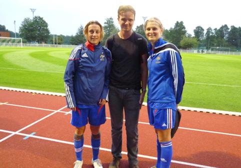 Maxime, membre de l'association en visite à Clairefontaine lors de la préparation des Bleues avant l'Islande