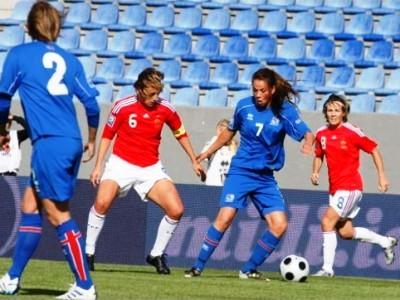 Sandrine Soubeyrand et les Françaises sont désormais barragistes pour les éliminatoires du Mondial 2011 (Crédit : mbl)