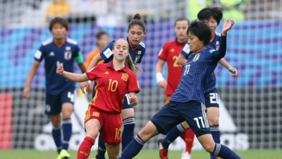 Oroz et Takarada (photo FIFA.com)
