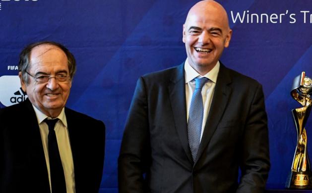 Les deux présidents de la FFF et de la FIFA (photo archive)