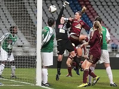 Lyon réalise le score fleuve du week-end à Gerland (photo : Van Gol)