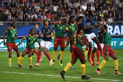 Diani au duel dans la défense camerounaise