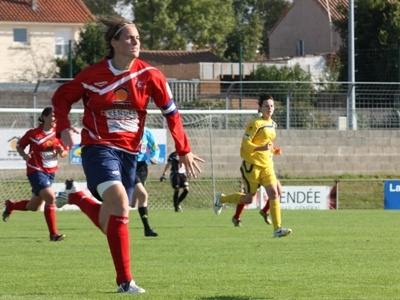 Claire Guillard (photo : Sébastien Duret)