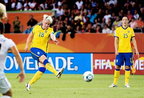 Fischer a permis à la Suède de mener 2-0 (photo : SVF)