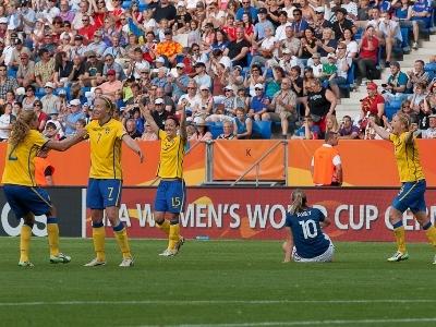 La défaite d'Abily contraste avec la joie suédoise