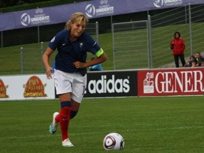 Malgré son tir au but manqué, Claire Lavogez a contribué au succès avec un but et une passe