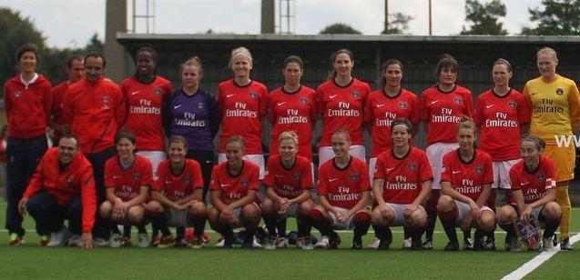 Le groupe du PSG à Bruges (photo : P.Dijkmans/vrouwenteam.be)