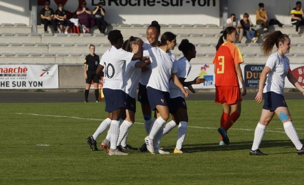La joie après le but tricolore (photos Sébastien Duret)