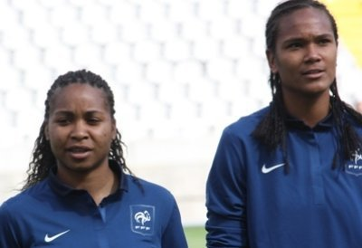 Laura Georges et Wendie Renard (photo : S. Duret)