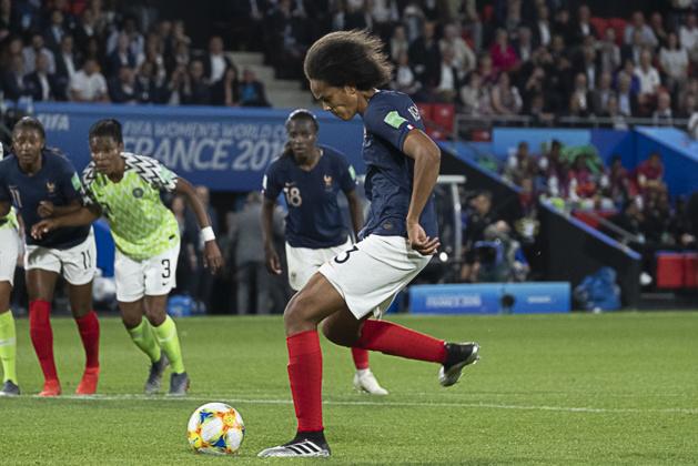 Penalty sur sa deuxième tentative (photo Eric Baledent/FOF)