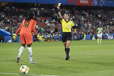 L'arbitre Melissa Borjas sanctionné pour avoir quitté sa ligne (photo Eric Baledent/FOF)