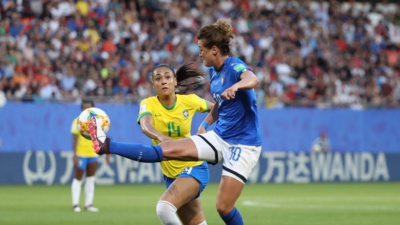 Kathellen et Girelli (photo FIFA.com)