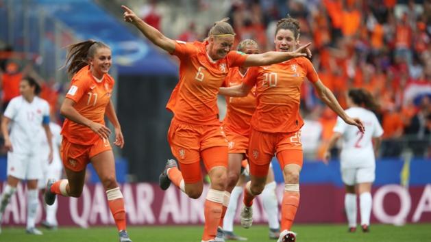 La Montpelliéraine Dekker a ouvert le score (photo FIFA.com)