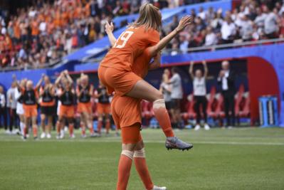 Les Pays-Bas émergent au plus haut (photo Eric Baledent)