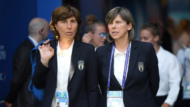 Milena Bertolini à droite (photo FIFA.com)