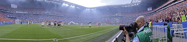 Le stade célèbre ses championnes (photo Eric Baledent/FOF)