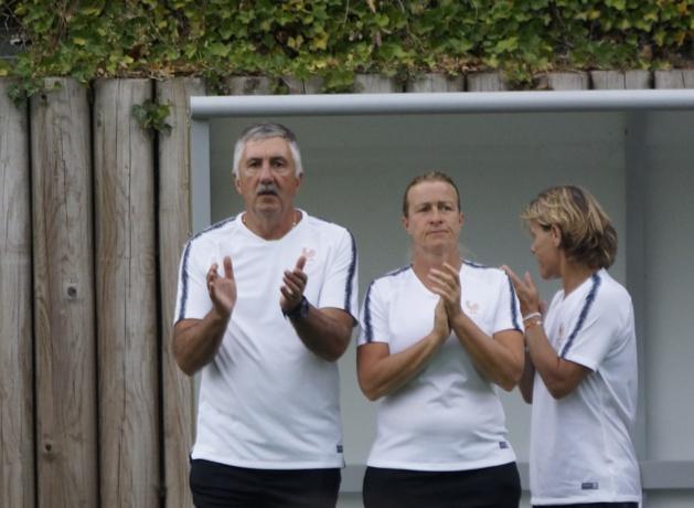 Gilles Eyquem avec Sandrine Ringler et Sandrine Roux (photo sébastien Duret)