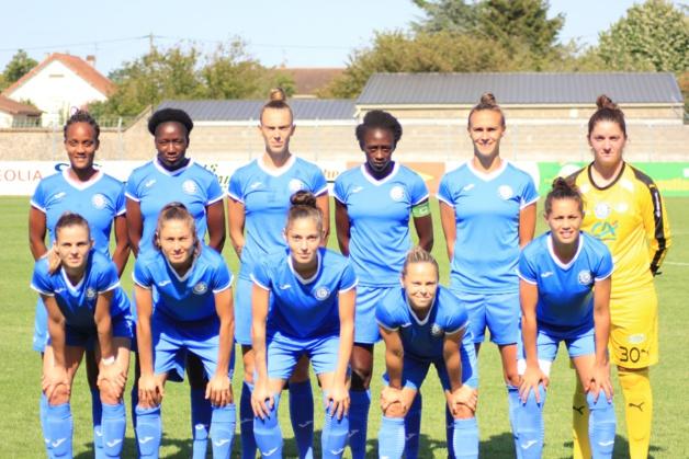 Le onze charentais lors du premier match de la saison (photo ASJS)