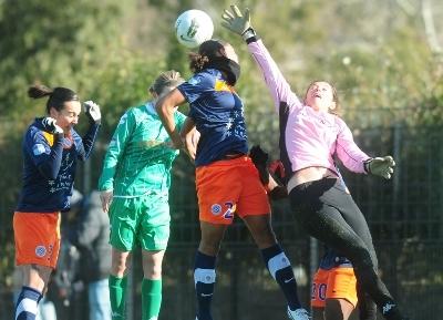 Delie saute plus haut que Musin (photo MHSC)
