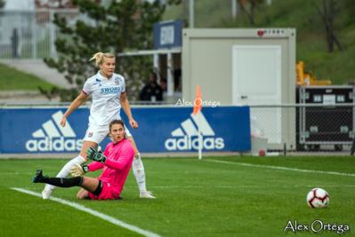 Sur cette action, Hegerberg bat le record de buts
