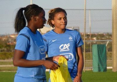 Elodie Thomis en compagnie de Marina Makanza à l'entraînement aujourd'hui