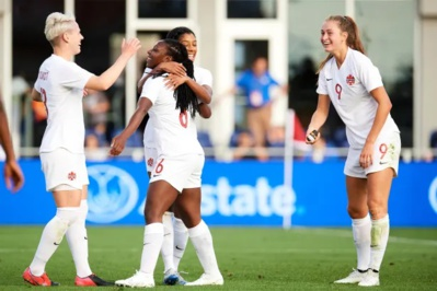 Quintuplé pour Huitema à droite (photo CONCACAF)