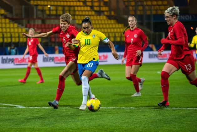 Marta ouvre le score sur cette action (photo : A2M/CBF)