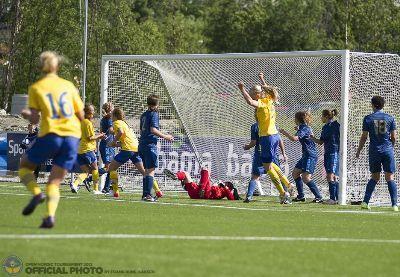 Blackstenius profite d'un cafouillage pour marquer le seul but du match (photo FR Isaksen)