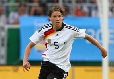 D1 - Le PSG recrute l'internationale allemande Annike KRAHN