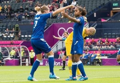 Le succès contre la Suède permet aux Bleues de les devancer (photo E Baledent/LMP)