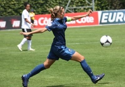 Sandie Toletti sera la joueuse la plus expérimentée (photo S Duret)