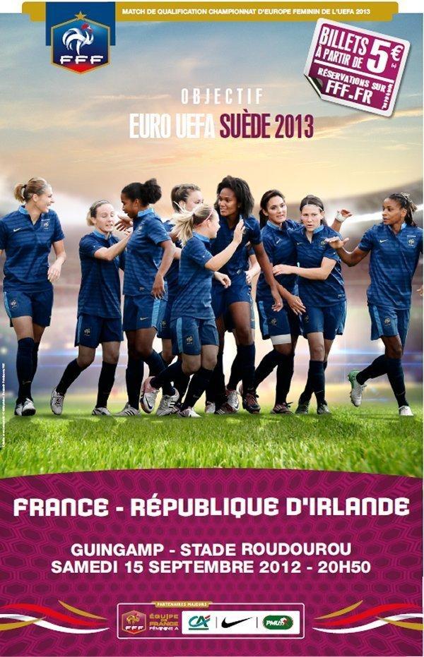 Equipe de France - Séance de dédicace avec les Bleues chez CARREFOUR Guingamp...